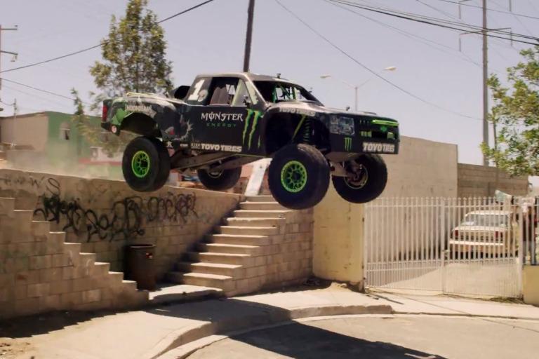 VIDEO-BJ-Baldwin-Hoons-Ensenada-In-His-850-HP-Chevy-Race-.jpg